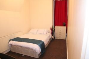 Dormitorio 102