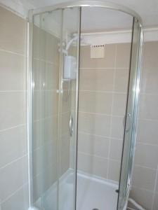 studio_shower
