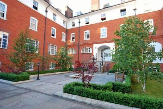 Estudios en Fulham Palace Road